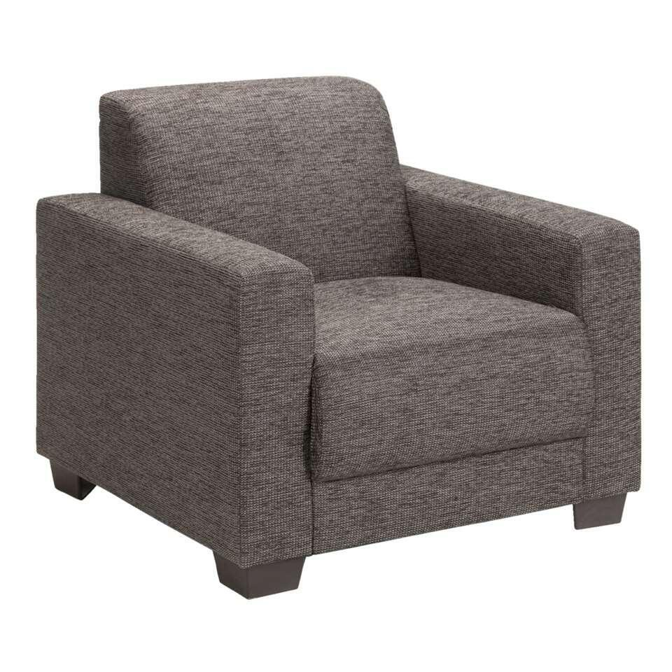 De bruine Aberdeen fauteuil heeft een mooi, strak design en voelt zich thuis in een landelijk, modern interieur. De bekleding bestaat uit polyester/katoen/acryl en is onderhoudsvriendelijk. Plof lekker neer en geniet van het zitco