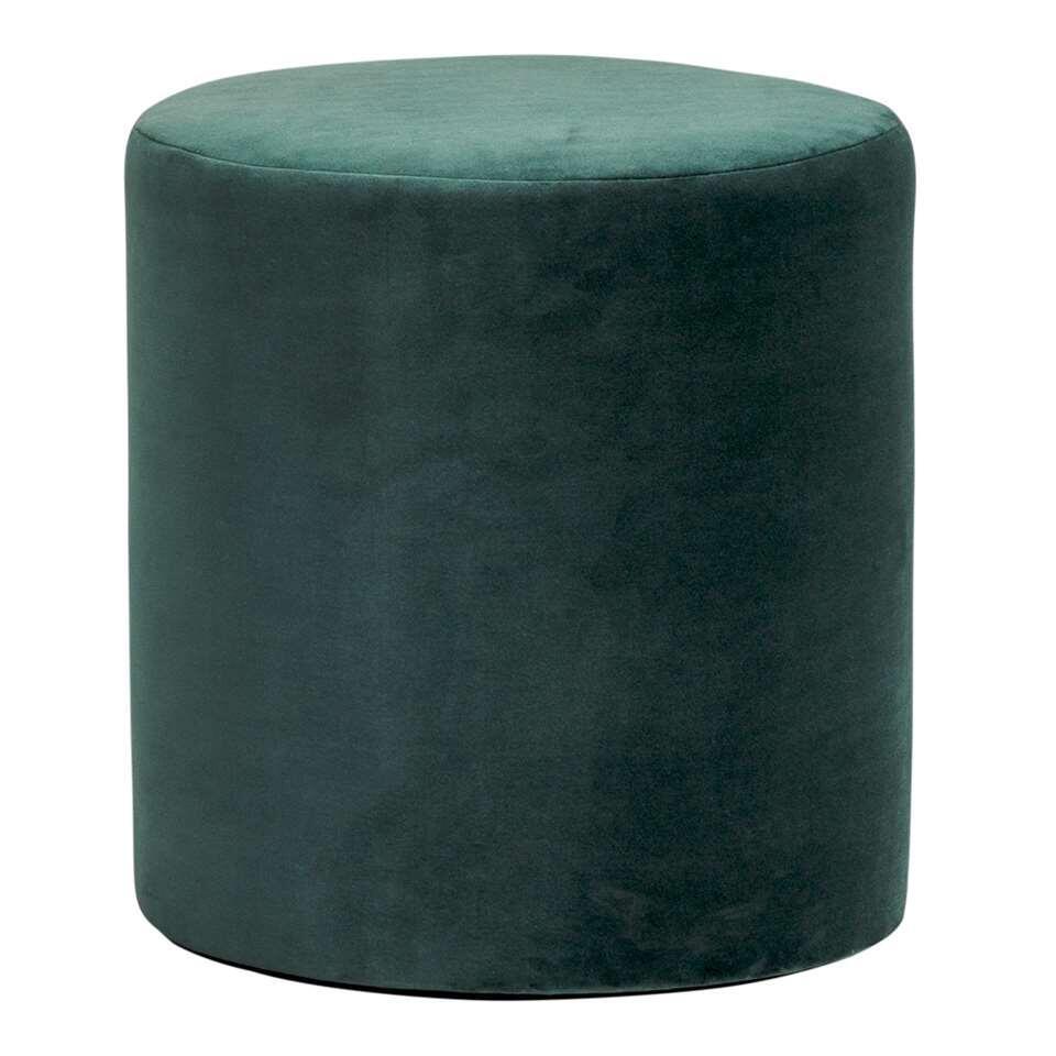 Hocker Wenen is een ronde hocker in de kleur groen. Deze hocker heeft een doorsnee van 37 cm en een hoogte van 40 cm. Deze hocker is een aanwinst voor uw interieur.
