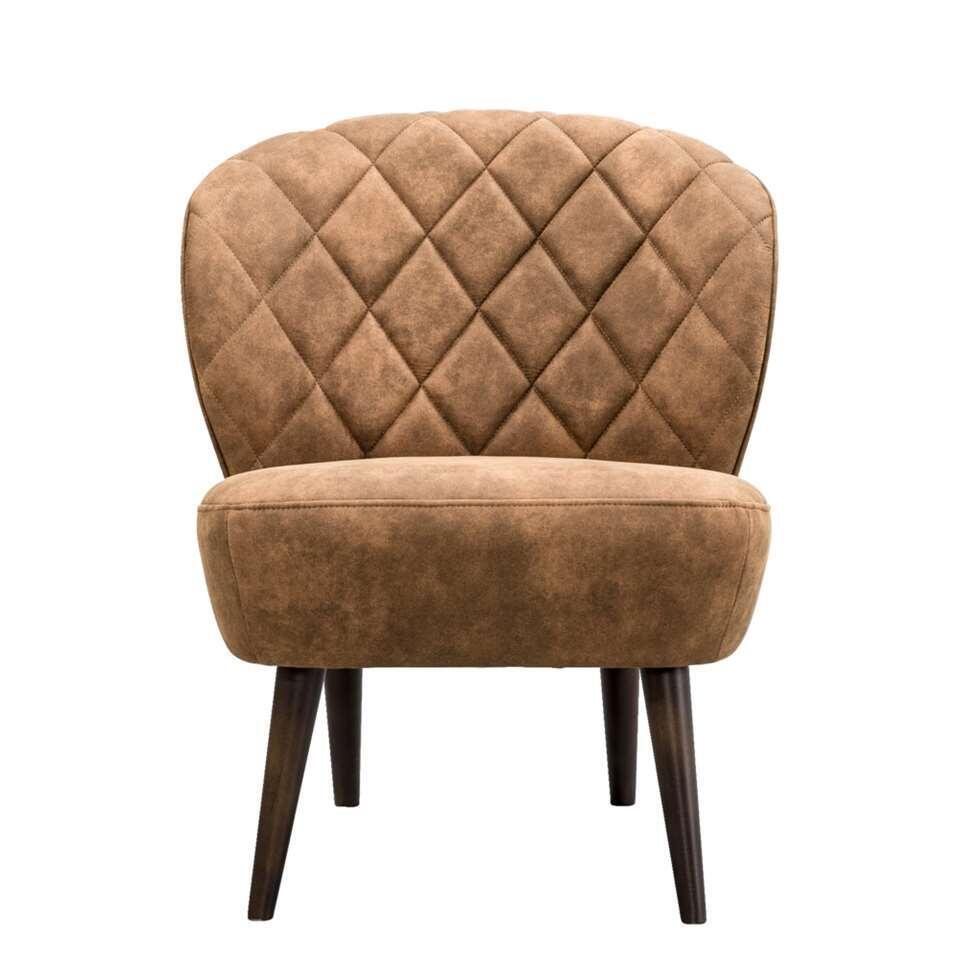 De Vita is een fauteuil met een retrolook die absoluut niet mag ontbreken in uw inrichting! Deze mooi vormgegeven fauteuil is uitgevoerd in een fijne, cognackleurige stof Preston. De fauteuil heeft bruine poten.