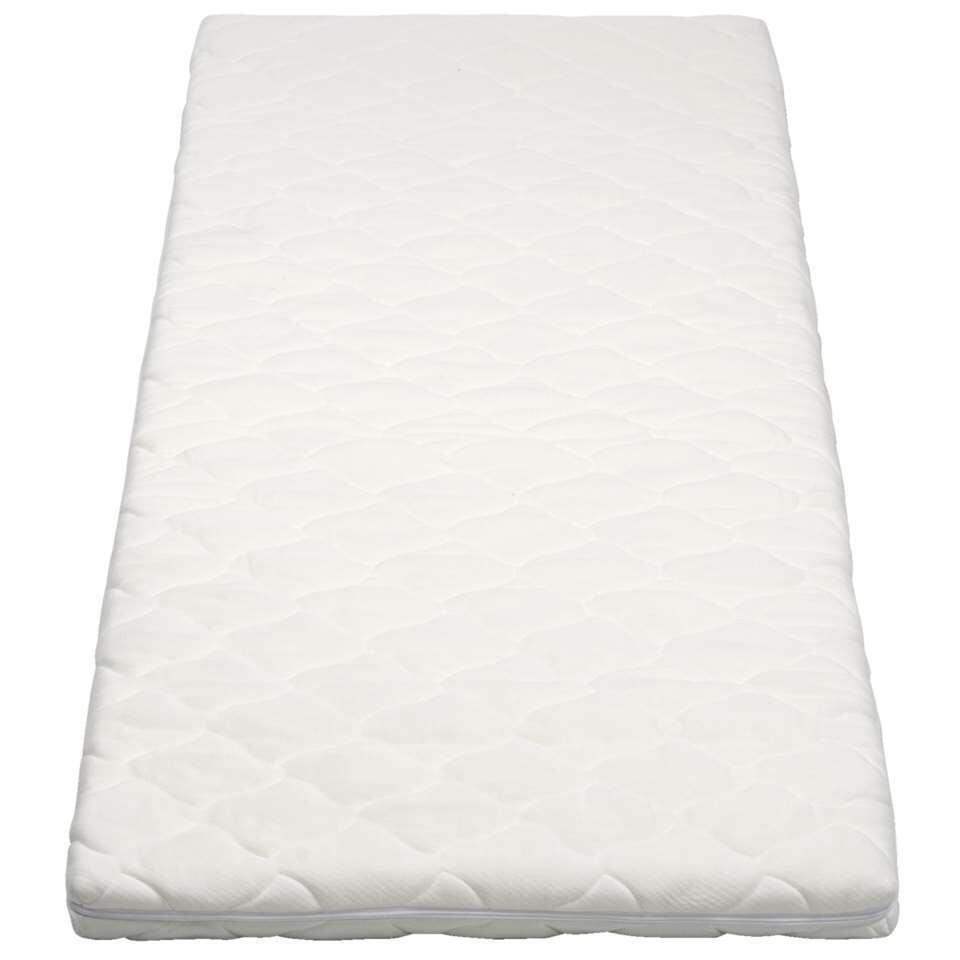 Topdekmatras Elegance geeft je bed die extra luxe look en zorgt voor meer ligcomfort. De polyesterhoes van het dekmatras is afritsbaar en makkelijk schoon te houden.