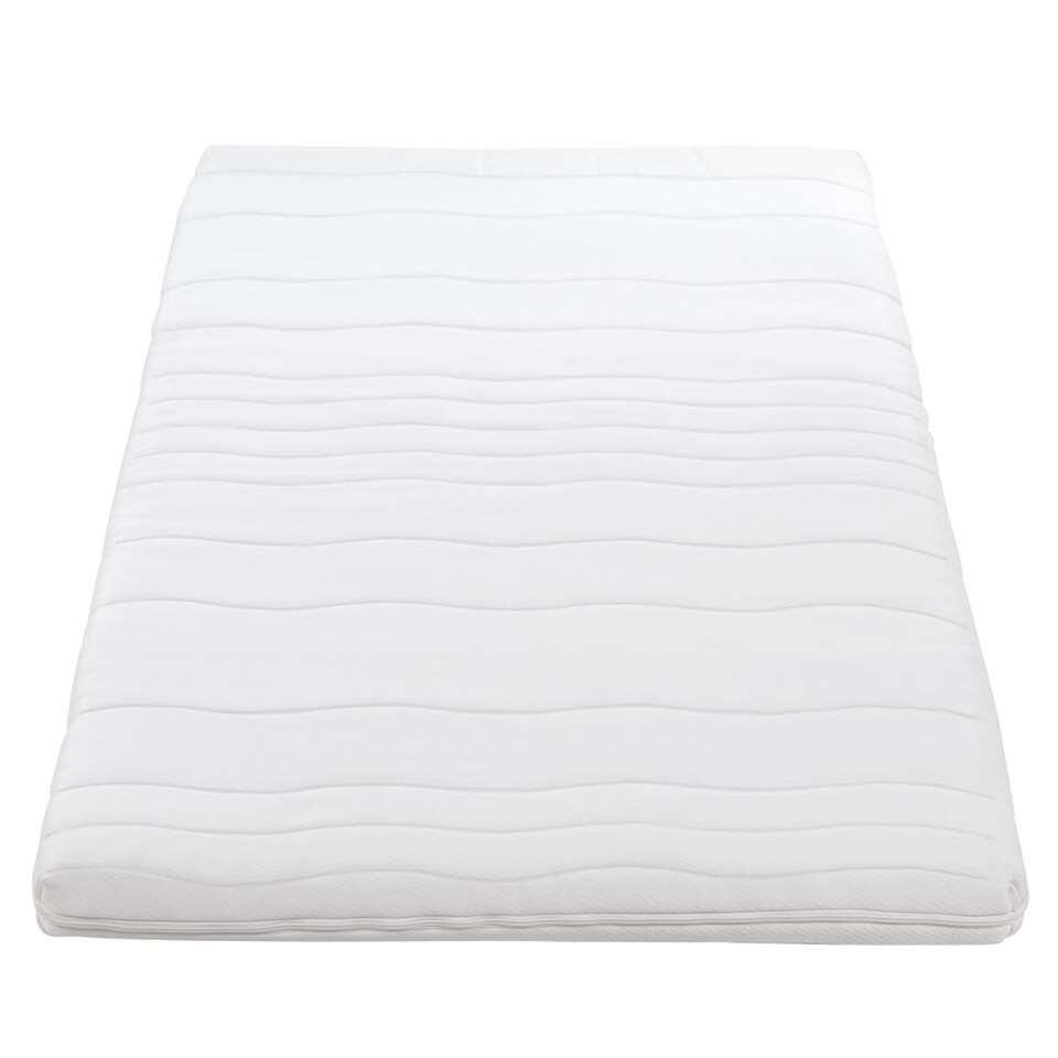 De topdekmatras Comfort vormt een zachte toplaag op je matras en zorgt voor een betere nachtrust. Het maakt het bed gegarandeerd comfortabeler en aangenamer.