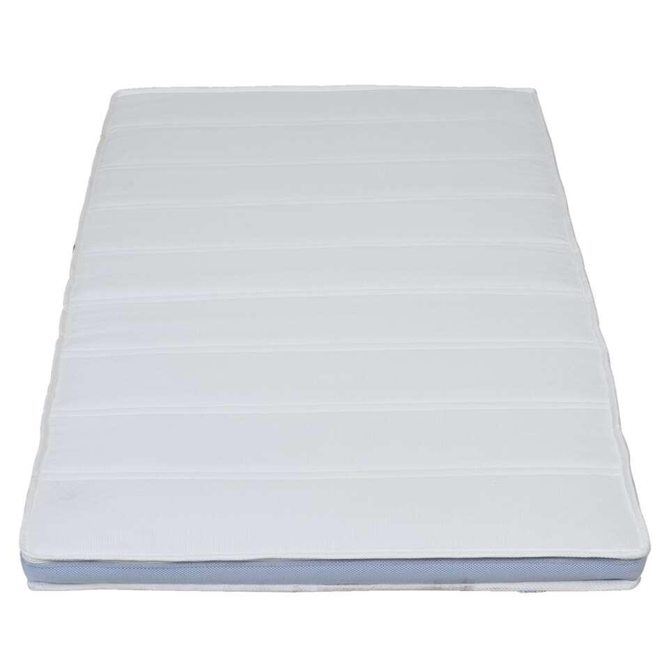 Topdekmatras Supreme staat garant voor extra ligplezier. Het opmaken van je bed wordt nog eenvoudiger met de handige topdekmatras. Maak je bed compleet met de topdekmatras molton en een topdekmatras hoeslaken.