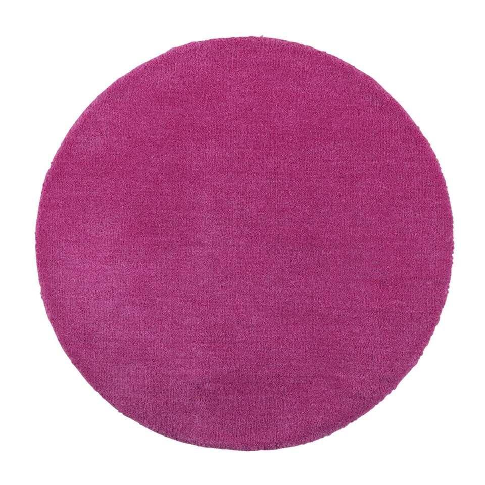 Tapijt Colours is een lief roze tapijtje geschikt voor in een meisjeskamer. Het tapijt is gemaakt van 100% wol en heeft een diameter van 68 cm.