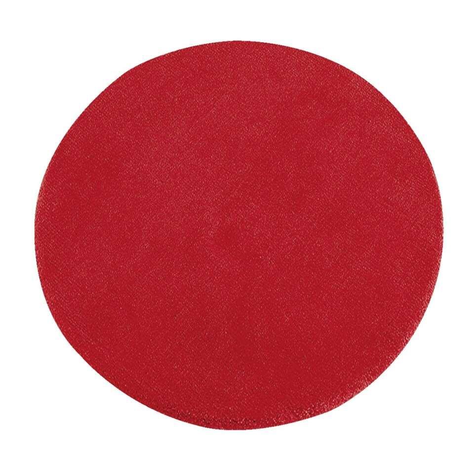Tapijt Colours is een vrolijk rood tapijt met een diameter van 68 centimeter. Dit zacht tapijt is gemaakt van 100% wol. Ook in diverse andere kleuren.