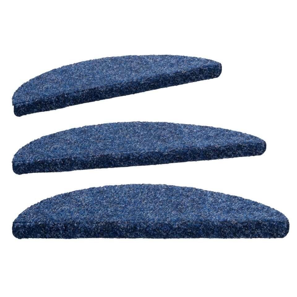 Trapmat Zenithstep heeft een stoere denimkleur en wordt verkocht per 16 stuks. Een kwalitatief goede trapmat voor een voordelige prijs! De trapmat is gemaakt van 100% polypropyleen en heeft een afmeting van 20x56 cm.