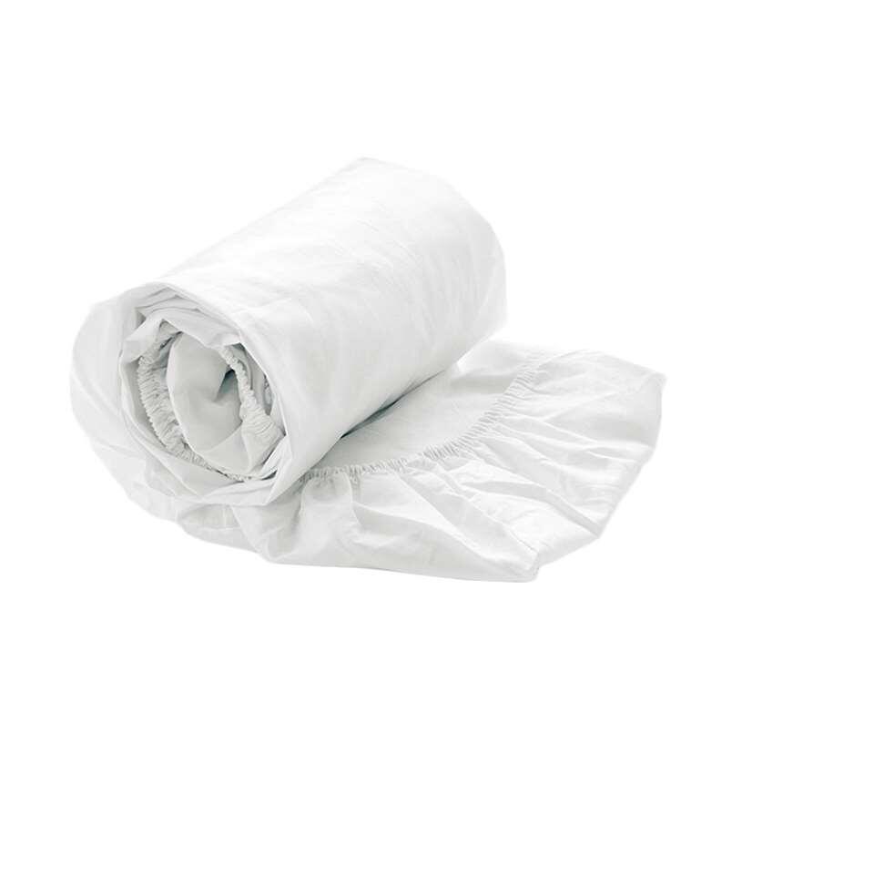 Hoeslaken gemaakt van heerlijk zacht satijnkatoen. Dit hoeslaken is geschikt voor een tweepersoonsbed. In de kleur wit.