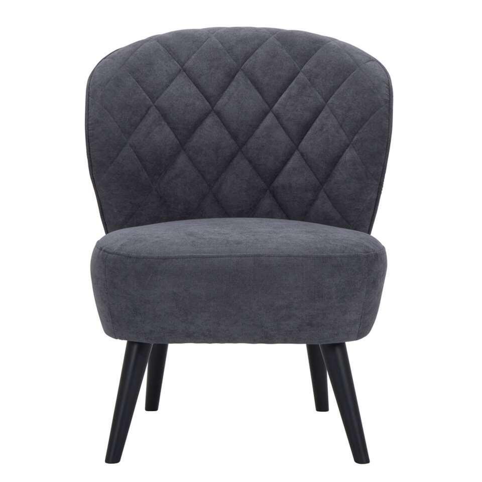 Fauteuil Vita in retrolook mag absoluut niet ontbreken in uw inrichting! Deze mooie vormgegeven fauteuil is uitgevoerd in een fijne, grijze stof met zwarte poot. De zwarte poot zorgt voor een hippe uitstraling die bij ieder interi