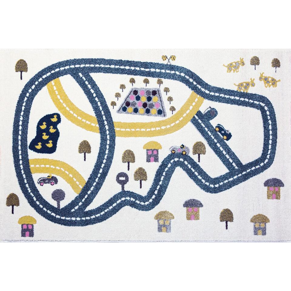Op dit tapijt kan je kindje naar hartenlust met al zijn autootjes spelen.