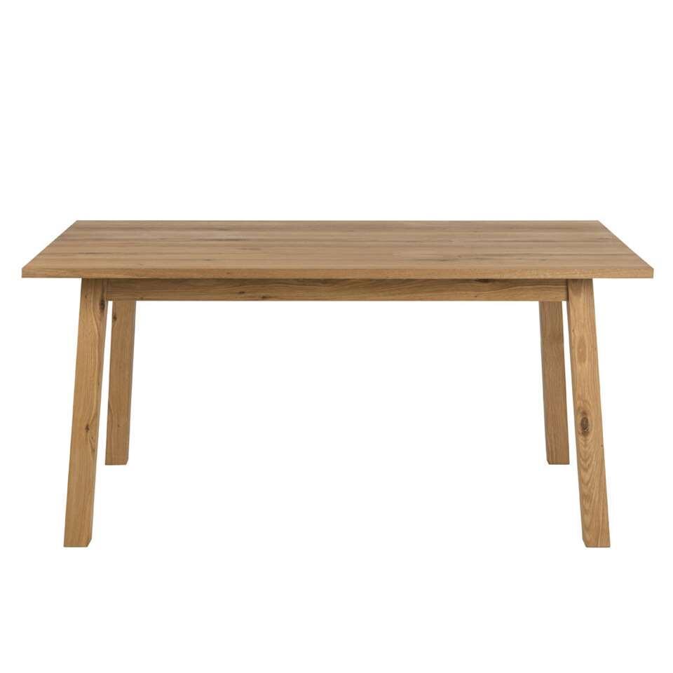Eetkamertafel Liden is uitgevoerd in wild eiken fineer, olie behandeld. Eikenhout is robuust en rustiek van karakter.Deze tafel is royaal zodat iedereen gezellig kan aanschuiven, er is ruimte genoeg.