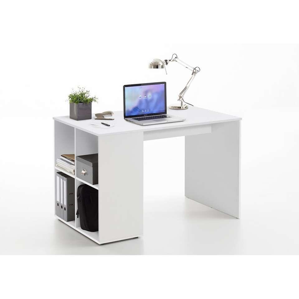 Le bureau Gent est un beau petit bureau. Quatre compartiments se trouvent sur le côté pour ranger notamment des dossiers. C'est le bureau idéal pour les petits espaces et pour les chambres d'enfant.