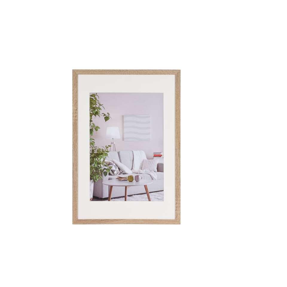 Fotolijst Modern 40x60 cm in bruin van het merk Henzo is een eigentijdse fotolijst voor ieder interieur. Strak vormgegeven. In verschillende actuele kleuren verkrijgbaar.