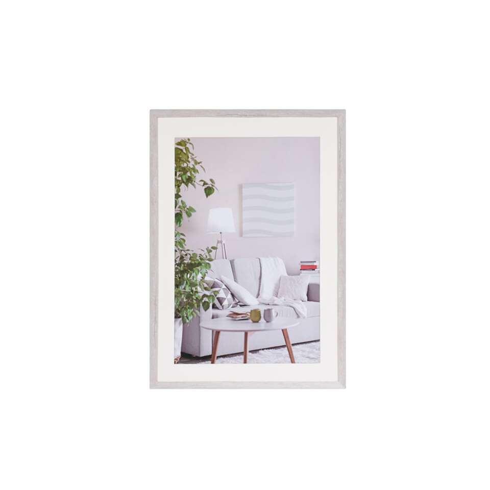 Fotolijst Modern 50x70 cm in wit van het merk Henzo is een eigentijdse fotolijst voor ieder interieur. Strak vormgegeven. In verschillende actuele kleuren verkrijgbaar.