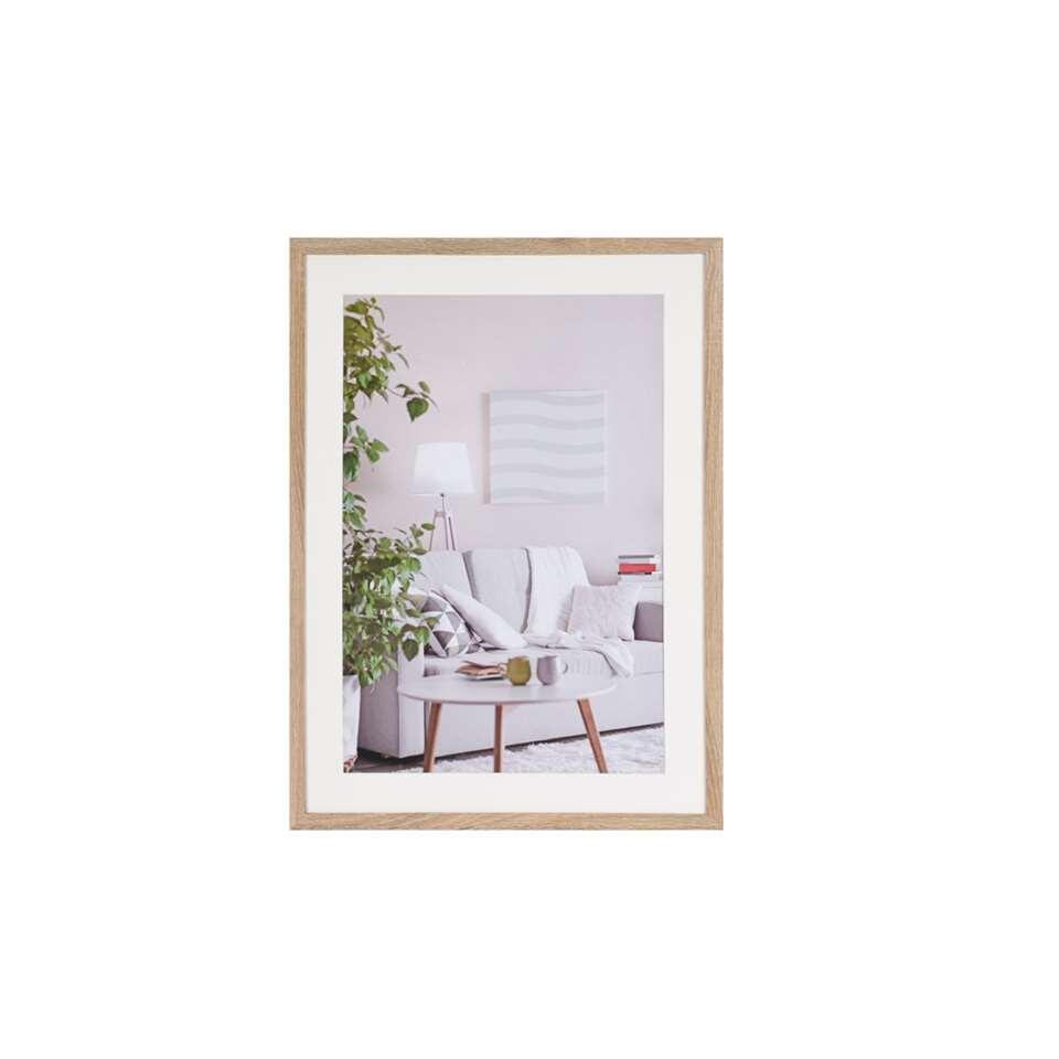 Fotolijst Modern 50x70 cm in bruin van het merk Henzo is een eigentijdse fotolijst voor ieder interieur. Strak vormgegeven. In verschillende actuele kleuren verkrijgbaar.