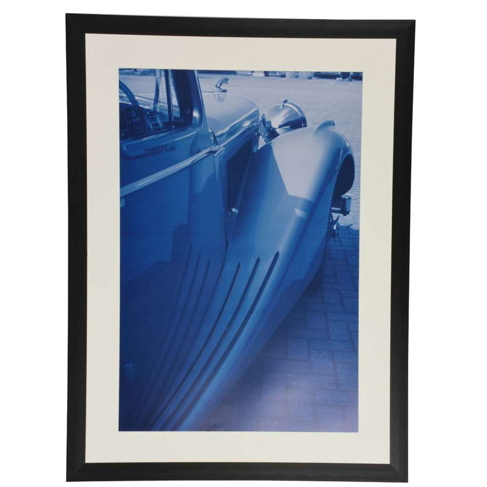 Fotolijst Luzern 50x70 cm in zwart van het merk Henzo is een strakke, brede, aluminium fotolijst voor ieder interieur. Past ook perfect in een zakelijke omgeving.
