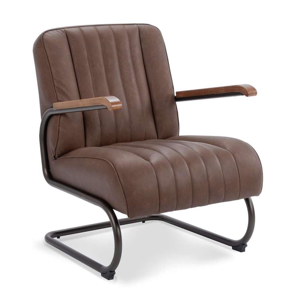 Le fauteuil Miles est en simili cuir vintage robuste de couleur brun. Le fauteuil a un look rétro vintage et est super confortable.