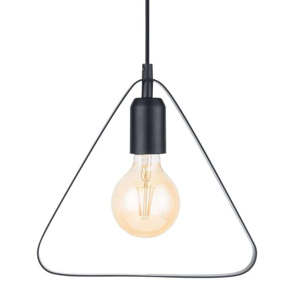 La suspension Bedington d'EGLO est une suspension moderne et minimaliste en forme de triangle faite d'acier avec une finition noire brillant de la soie.
