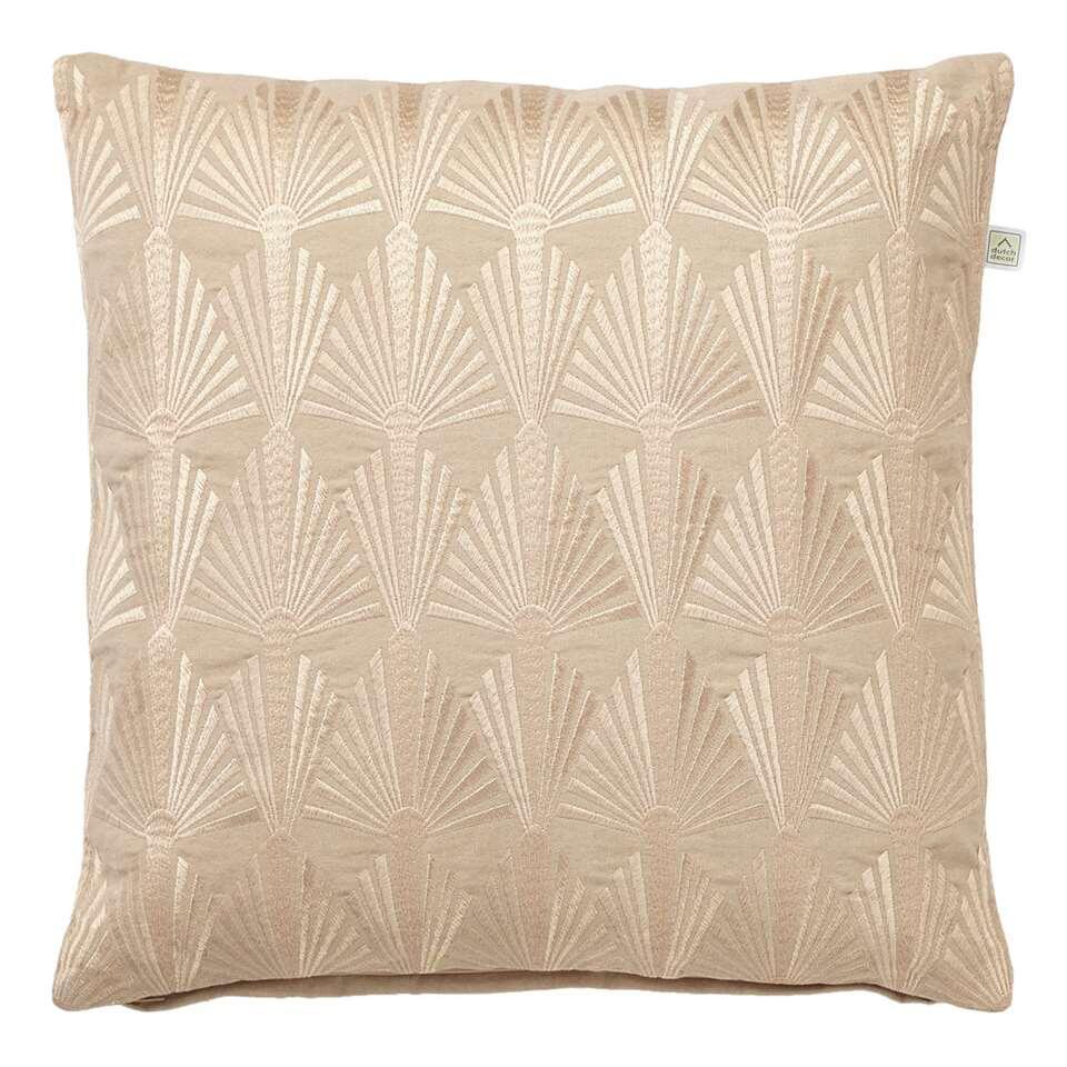 Contro est un oreiller décoratif avec une belle impression brillante sur le devant. Cet oreiller convient à un intérieur moderne et bohème. Le coussin décoratif Contro est en coton et a un dos uni.